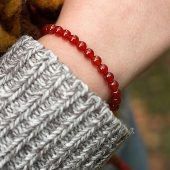 Carnelian Bead Elastic Bracelet