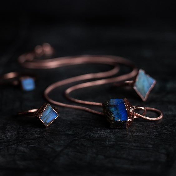 crystal jewellery studio roan