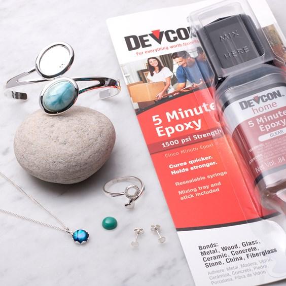 jewellery using glue