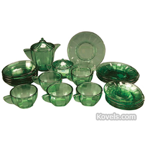 Akro agate Tea Set Dolls Service For 4 Green Crystal 21 Piece | Kovels' Price Guide