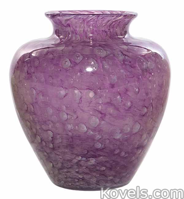 cluthra-vase-amethyst-steuben-ea110714-0593.jpg