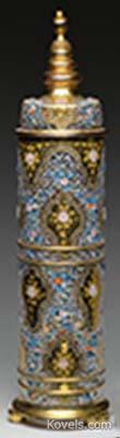 moser-jar-cover-flowers-gilded-finial-jj061114-1090.jpg