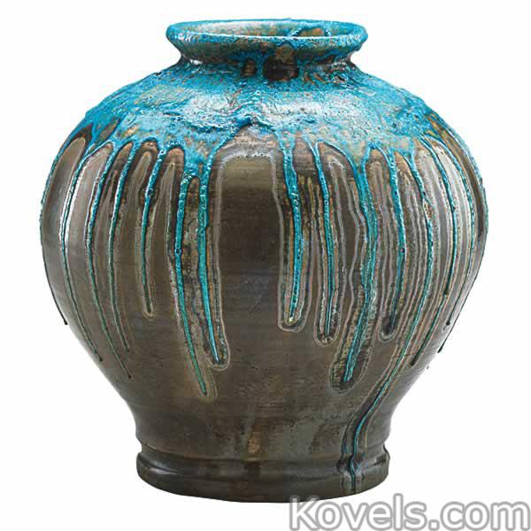 pewabic-vase-luster-glaze-persian-blue-drip-ra021415-0046.jpg