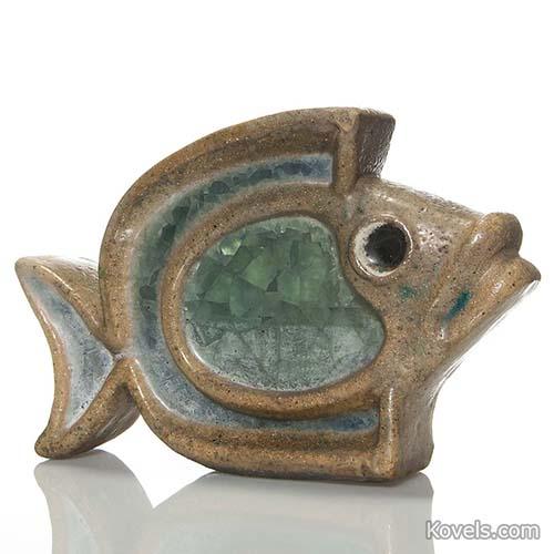pottery-figurine-fish-glass-fused-waylande-gregory-hn110814-0133.jpg