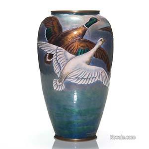 copper-vase-enamel-ducks-henriette-marty-hn110814-0573.jpg