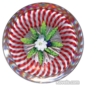 Paperweight St Louis Clematis Green Leaves Flowers Red White Spiral Torsade