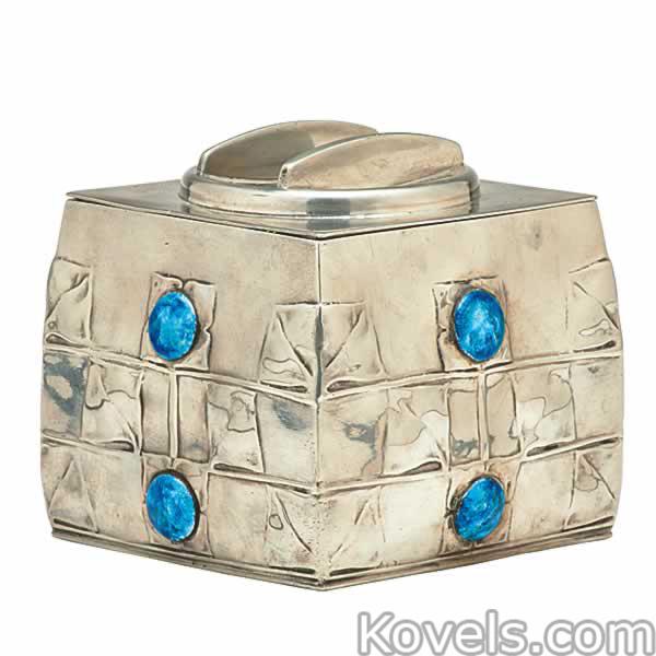 pewter-biscuit-box-tudric-archibald-knox-liberty-ra101814-0213.jpg