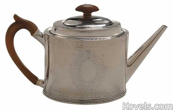 silver-english-teapot-shield-bellflower-hester-bateman-br091214-0932.jpg