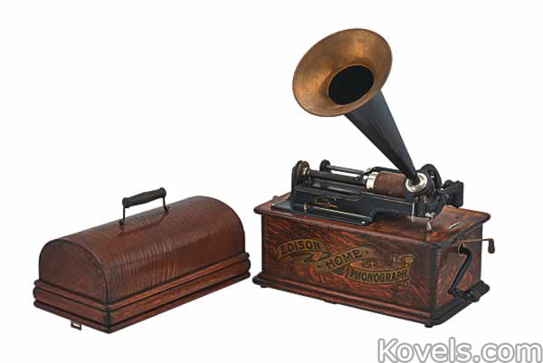 phonograph-edison-home-case-ra120614-1219.jpg