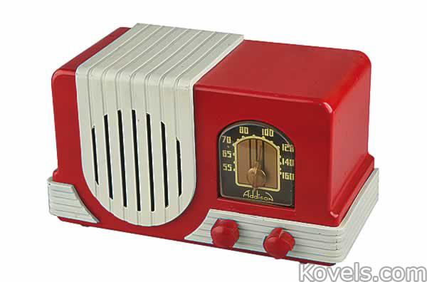radio-addison-model-l2-plastic-red-and-white-am-vc091914-0009.jpg