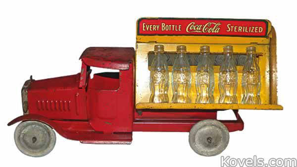 coca-cola-toy-truck-glass-bottles-metalcraft-mb060714-0243.jpg