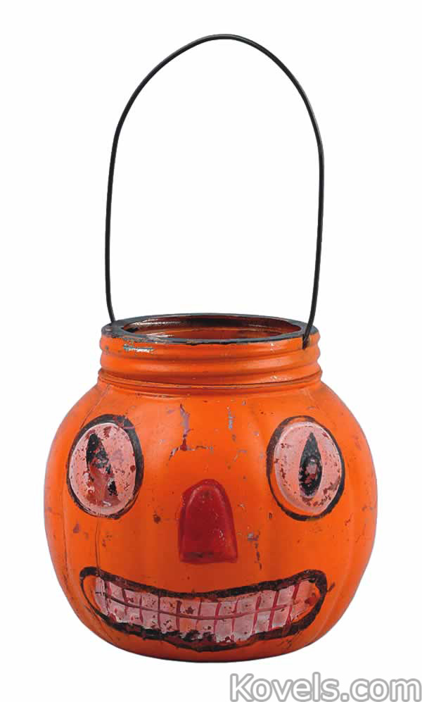 halloween-basket-candy-pumpkin-head-glass-mo041915-0070.jpg