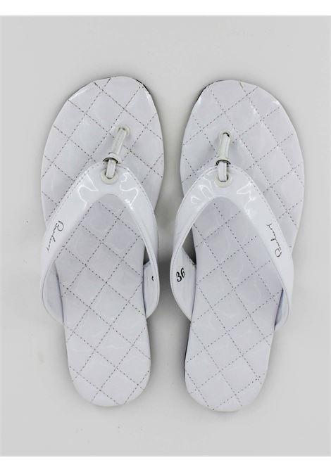 BURBERRY   foot flip flops   B19095BIANCA