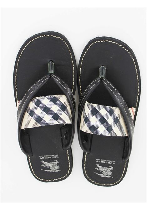 BURBERRY   foot flip flops   B29042NERA