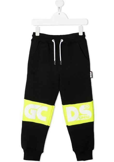 GCDS | trousers | 027609NERO GIALLO FLUO