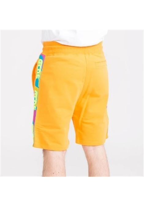 GCDS | Bermuda pants  | SS20M030033ARANCIO