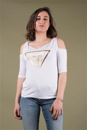 T-shirt spalle scoperte con logo GUESS Guess   7   W92I85K68D0TWHT