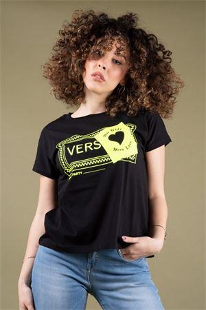 alt='T-Shirt stampa grafica Versace NO GIFT MORE LOVE NO Gift More Love | 8 | WTS04101' title='T-Shirt stampa grafica Versace NO GIFT MORE LOVE NO Gift More Love | 8 | WTS04101'