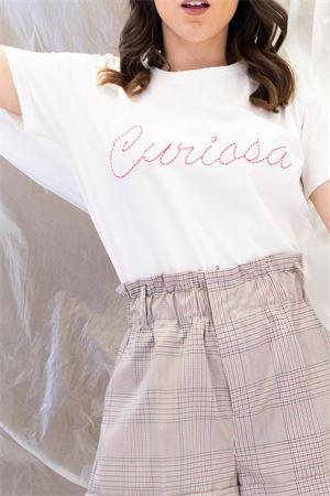 T-shirts con scritta ricamata curiosa vicolo Vicolo   8   RK003101