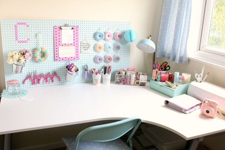 Height 480 89 2f2014 10 13 094342 claireabellemakes craft studio desk