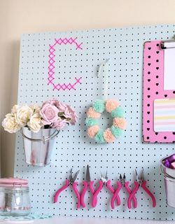 Height 320 89 2f2014 10 13 094604 claireabellemakes craft studio pegboard