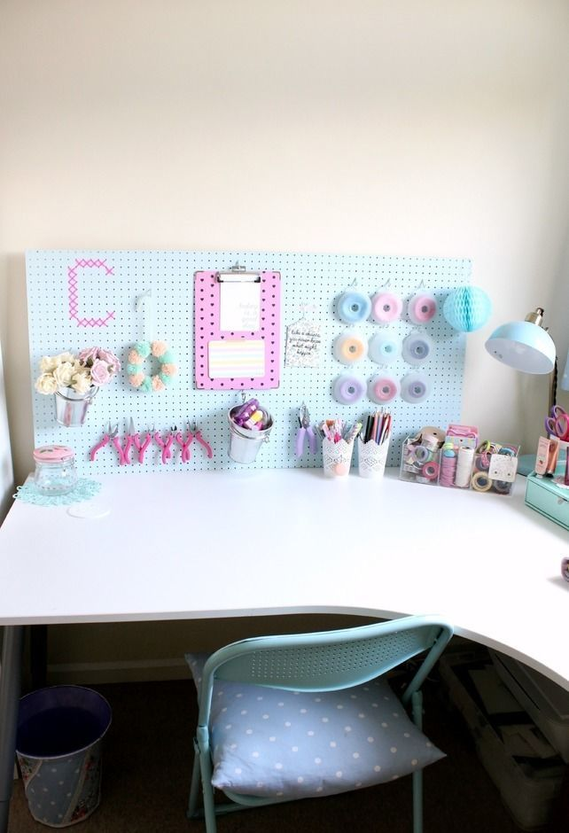 Height 940 89 2f2014 10 13 094604 claireabellemakes craft studio desk space