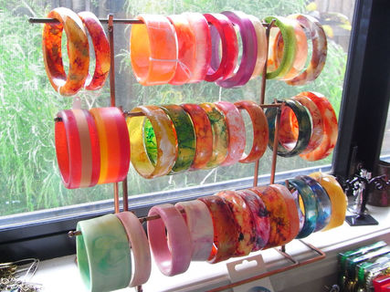 Height 320 119 2f2015 04 18 060053 resin bangles