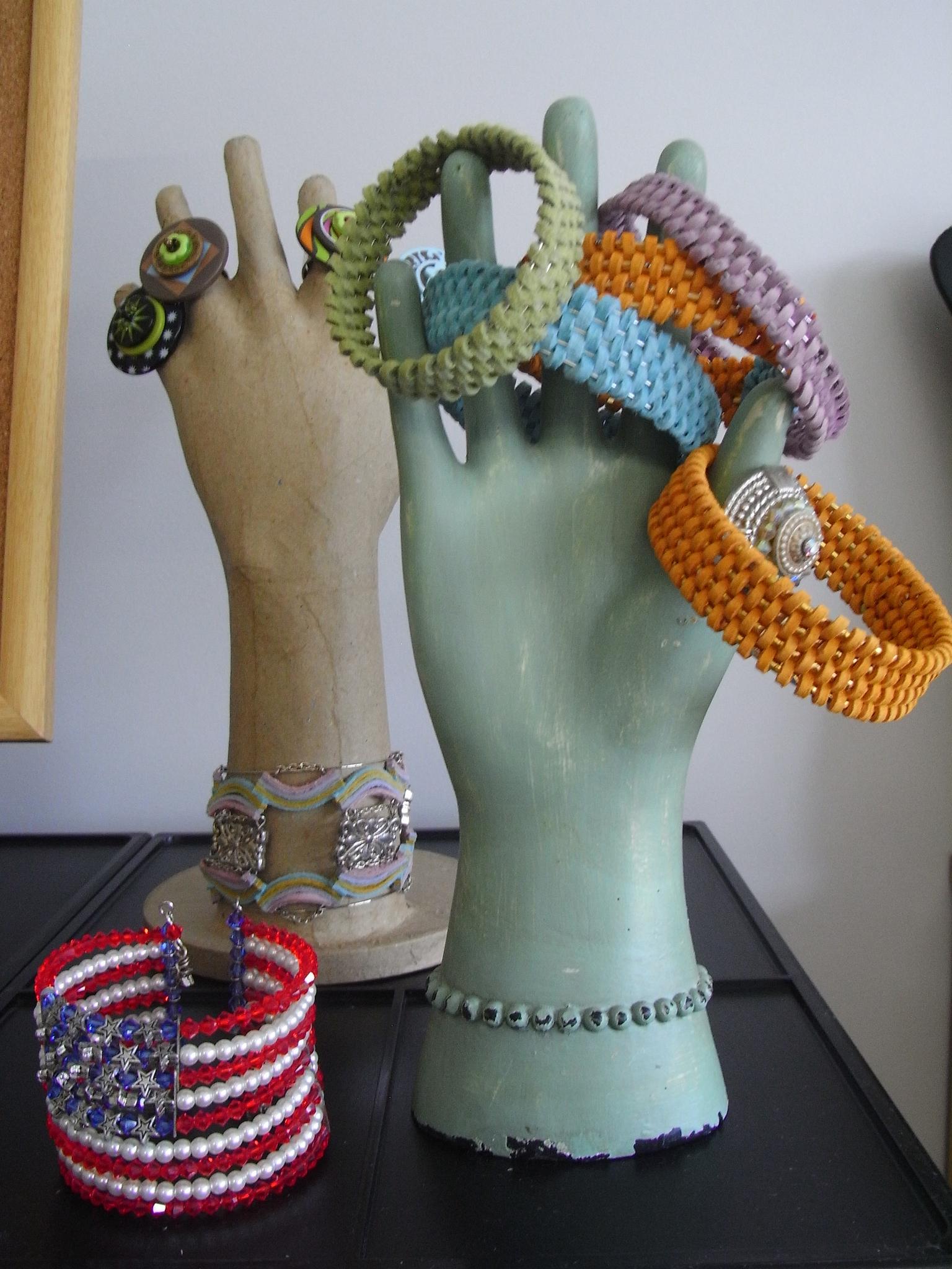 119 2f2015 04 18 060409 wovenleather bracelets