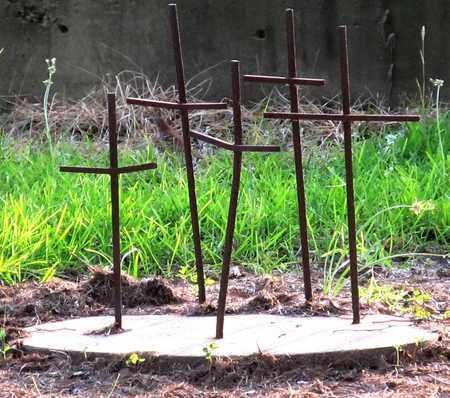 * CROSSES,  - Calcasieu County, Louisiana    * CROSSES - Louisiana Gravestone Photos