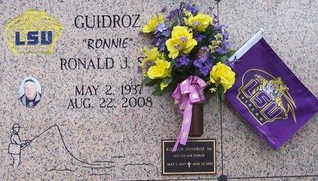 """GUIDROZ, RONALD J, SR """"RONNIE"""" - Iberia County, Louisiana   RONALD J, SR """"RONNIE"""" GUIDROZ - Louisiana Gravestone Photos"""