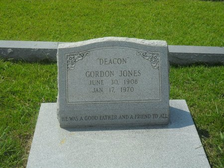 """JONES, LUTHER GORDON """"DEACON"""" - La Salle County, Louisiana   LUTHER GORDON """"DEACON"""" JONES - Louisiana Gravestone Photos"""