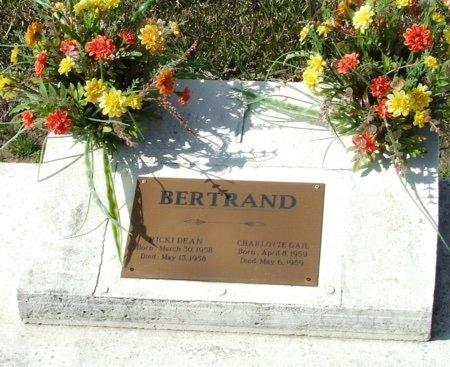 BERTRAND, CHARLOTTE GAIL - Vermilion County, Louisiana | CHARLOTTE GAIL BERTRAND - Louisiana Gravestone Photos