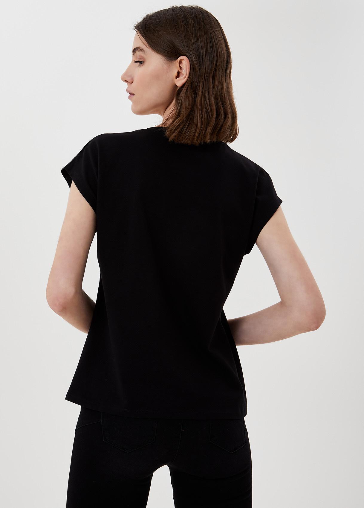 LIU JO   T-Shirts   WA1337J5003T9698