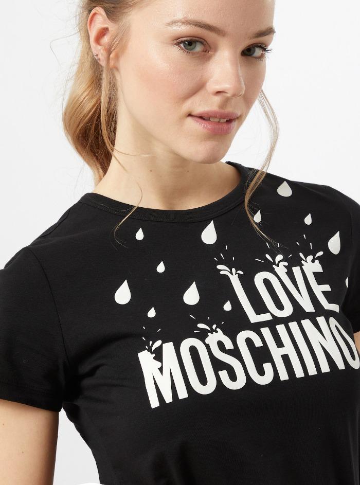 LOVE MOSCHINO   T-Shirts   W4F73 1L M3876C74