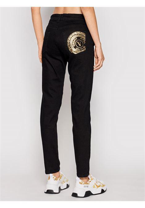 Jeans slim-fit V-Emblem  VERSACE JEANS | Jeans | 71HABCK1909