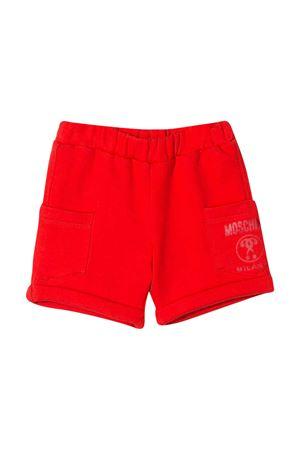Shorts rossi con stampa logo Moschino kids MOSCHINO KIDS | 30 | MUQ000LCA1550109