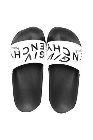 Ciabatte bianche e nere con logo Givenchy kids Givenchy Kids | 11041766 | H2904510B