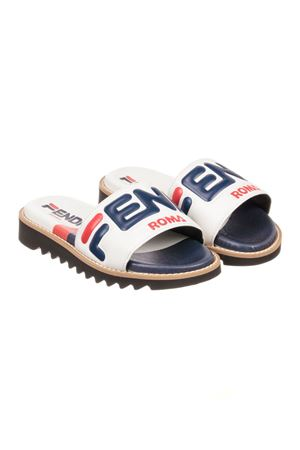 WHITE AND RED TEEN SANDAL FENDI KIDS WITH LOGO
