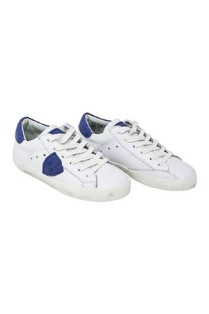 WHITE SNEAKERS PHILIPPE MODEL KIDS WITH BLUE DETAILS PHILIPPE MODEL KIDS | 12 | CLL0VN4
