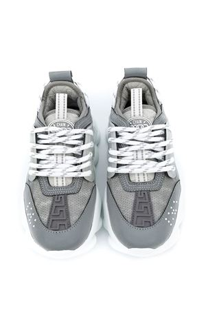 Sneakers  modello Chains Young Versace YOUNG VERSACE | 90000020 | YHX00001YB00366YS92