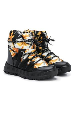Snow boots with print Young Versace YOUNG VERSACE | 76 | YHX00043YB00350YSJGT