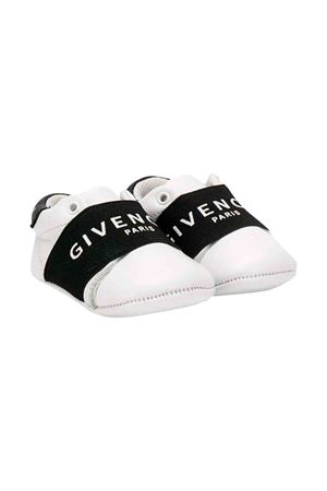 Givenchy kids white newborn shoes  Givenchy Kids | 12 | H9901610B