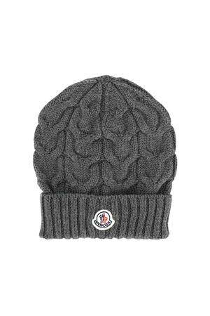 Cappello grigio con logo Moncler kids Moncler Kids | 25189572 | 001100504S02998