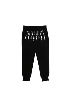 Pantalone nero con stampa bianca frontale Neil Barrett kids NEIL BARRETT KIDS | 9 | 021386110