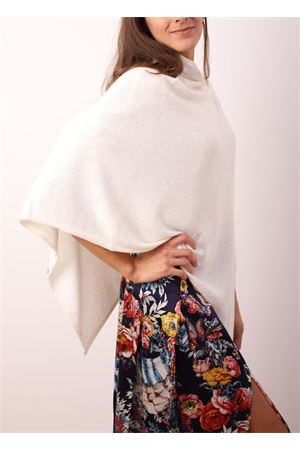 White cape with buttons Aram Capri | 52 | PHBIANCO