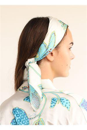 Foulard in seta fantasia azzurra Capri Chic | -709280361 | FOULARDSETAPICCBEIGEAZZZ