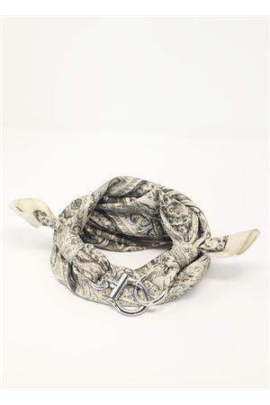 Foulard con gancio decorativo a fantasia cachemire Grakko Fashion | -709280361 | GRCASHWBEIGE