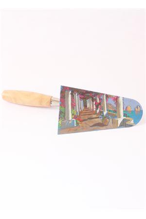 Cazzuola con dipinto ad olio raffigurante un pergolato caprese Antonio Palomba | 20000038 | PERGOLATO CPERGOLATO