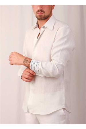 Camicia in lino da uomo con cuori a contrasto Colori Di Capri | 6 | LINUS3895PERLA