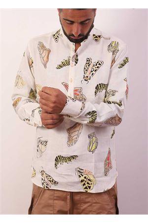 Camicia da uomo con fantasie di farfalle Eco Capri | 6 | CMCKORBUTTERFLY